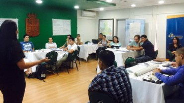 Empresas industriales de Bolivia implementan la metodología SCORE de la OIT para aumentar su productividad